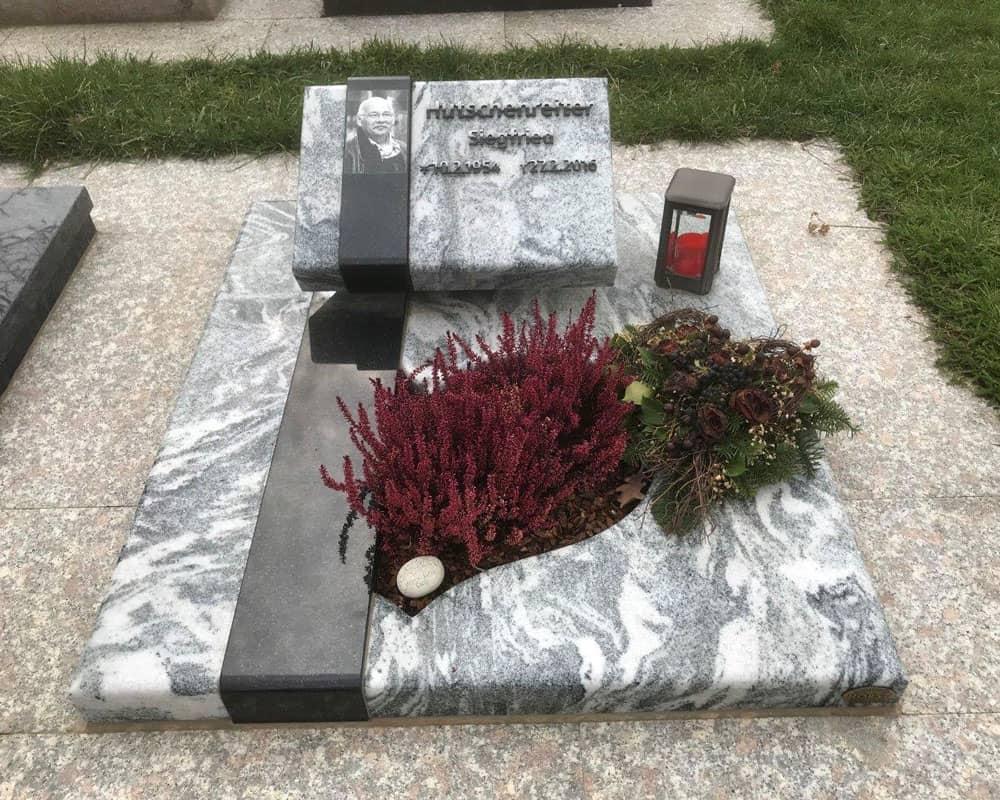 steinmetz-horst-urnengrabmal-urnengrabstein-marmoriert